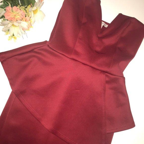 Charlotte Russe Dresses & Skirts - 💋 RED STRAPLESS V-NECK COCKTAIL DRESS 💋